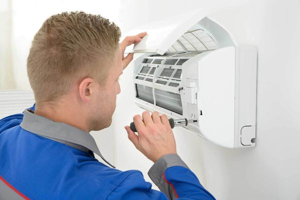 5 Benefits of Hiring a Professional for Your Air Conditioning Repair